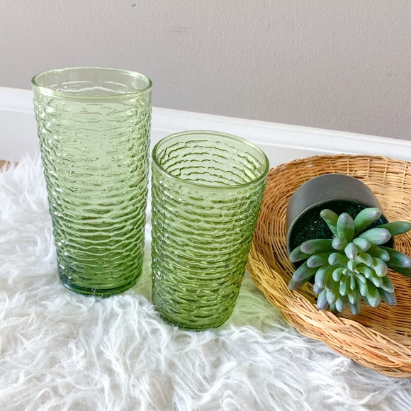Vintage Emerald Green Textured Drinking Glasses - Set of 2